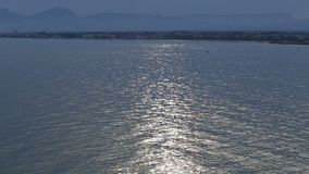 Coucher du soleil à la mer de mediteraneo banque de vidéos