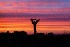 Coucher du soleil à la place de l'indépendance, Kiev Photographie stock