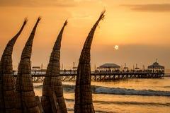 Coucher du soleil à la plage Images libres de droits
