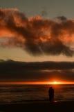 Coucher du soleil à la plage de canon, sur la côte centrale de l'Orégon Photographie stock