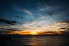 Coucher du soleil à la plage de Chaolao Photo stock