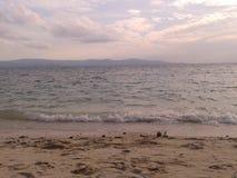 Coucher du soleil à la plage de Koh Phangan en Thaïlande Photos libres de droits