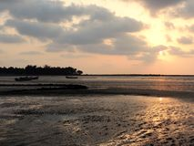 Coucher du soleil à la plage de Mandwa Photographie stock libre de droits
