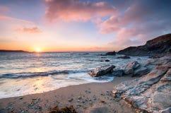 Coucher du soleil à la plage de Newquay photographie stock libre de droits