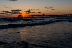 Coucher du soleil à la plage impériale, CA photo stock