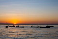 Coucher du soleil à la rivière ayeyarwady, myanmar Image stock
