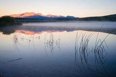 Coucher du soleil à la La Zeta de Laguna dans Esquel, Argentine photos libres de droits