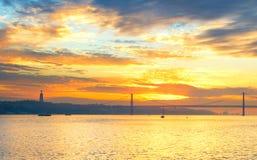 Coucher du soleil à Lisbonne, Portugal Photographie stock libre de droits
