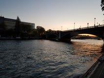 Coucher du soleil à Paris Photographie stock libre de droits