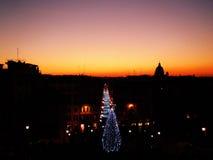 Coucher du soleil à Rome pendant le temps de Noël Photos stock
