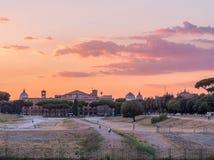 Coucher du soleil étonnant d'été à Rome image libre de droits