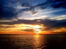 Coucher du soleil actif Image libre de droits