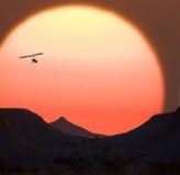 Coucher du soleil africain - Namibie Photos stock