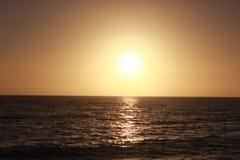 Coucher du soleil apaisant au-dessus du Golfe du Mexique Images libres de droits