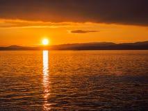 Coucher du soleil au brise-lames d'Ogden Point, Victoria AVANT JÉSUS CHRIST Photos libres de droits