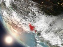 Coucher du soleil au-dessus du Bangladesh de l'espace illustration stock