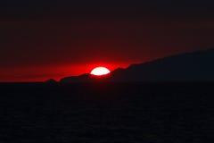 Coucher du soleil au-dessus d'île de Capri Images libres de droits