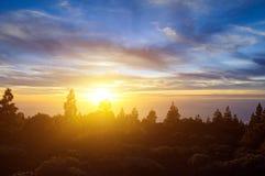 Coucher du soleil au-dessus d'horizontal de Tenerife (île de Canarias) Images libres de droits