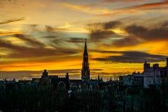 Coucher du soleil au-dessus de Bruxelles image libre de droits
