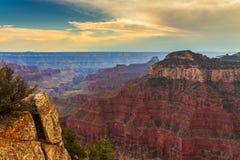 Coucher du soleil au-dessus de Grand Canyon, jante du nord image libre de droits
