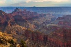 Coucher du soleil au-dessus de Grand Canyon, jante du nord photos libres de droits