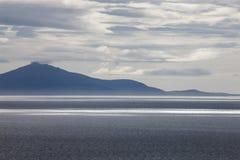 Coucher du soleil au-dessus de l'île lointaine, île de Skye Photos libres de droits