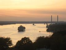 Coucher du soleil au-dessus de l'Elbe Photo libre de droits