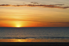 Coucher du soleil au-dessus de l'océan Photos libres de droits