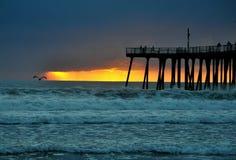 Coucher du soleil au-dessus de l'océan pacifique Photographie stock