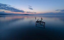 Coucher du soleil au-dessus de la Mer Noire, Bulgarie, exposition lente Photos stock