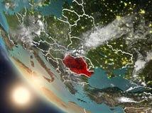 Coucher du soleil au-dessus de la Roumanie de l'espace Photographie stock