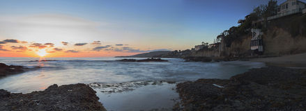 Coucher du soleil au-dessus de la tour de tourelle chez Victoria Beach Images libres de droits