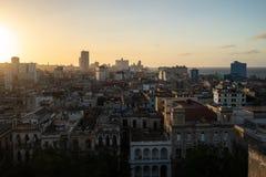 Coucher du soleil au-dessus de la ville de La Havane, Cuba photos stock