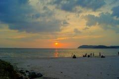 Coucher du soleil au-dessus de Langkawi Image stock