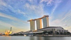Coucher du soleil au-dessus de Marina Bay Sands, Singapour Images libres de droits