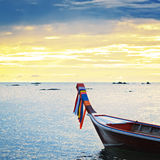 Coucher du soleil au-dessus de mer d'Andaman Photographie stock libre de droits