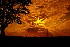 Coucher du soleil au-dessus de Minervois, l'Aude, Languedoc, France Images stock