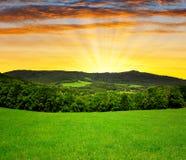 Coucher du soleil au-dessus de parc national Sumava Images libres de droits