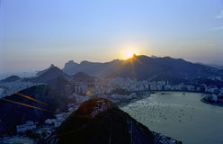 Coucher du soleil au-dessus de Rio de Janeiro Photos stock