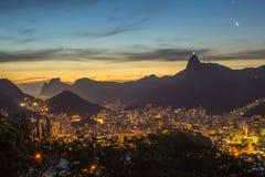 Coucher du soleil au-dessus de Rio de Janeiro Photo libre de droits