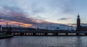 Coucher du soleil au-dessus de Stockholm Image libre de droits