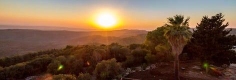 Coucher du soleil au-dessus de vallée de Jezreel Images libres de droits