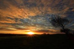 Coucher du soleil au-dessus de ville de Castlebar photos libres de droits