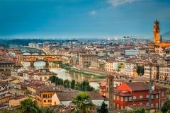 Coucher du soleil au-dessus de vintage Florence Image libre de droits