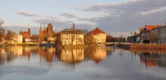 Coucher du soleil au-dessus de Wroclaw Photographie stock libre de droits