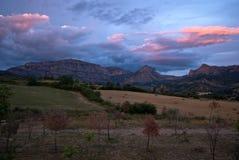 Coucher du soleil au-dessus des Pyrénées espagnols Photographie stock libre de droits