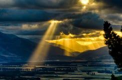 Coucher du soleil au-dessus des sources de Hanmer, NZ Photos libres de droits