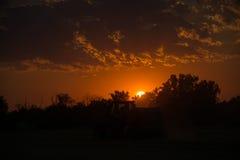 Coucher du soleil au-dessus des terres cultivables, Allemagne Photo stock