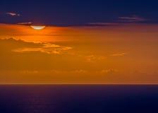 Coucher du soleil au-dessus du Haïti Image libre de droits