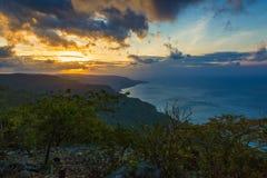Coucher du soleil au-dessus du Timor oriental Images libres de droits